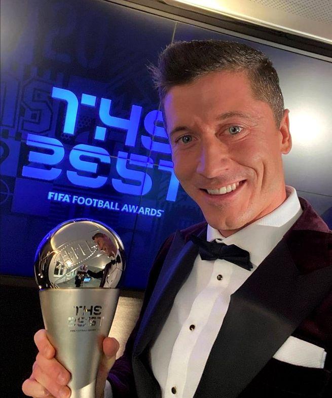 Robert Lewandowski Piłkarzem Roku FIFA!
